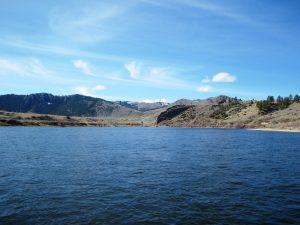 missouri river montana scenery
